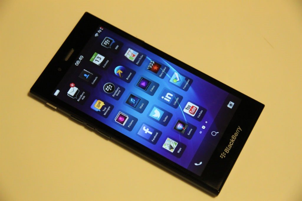 Thay camera BLACKBERRY Z3