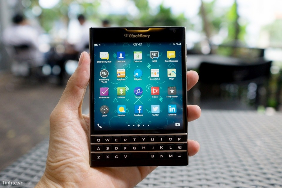 sửa chữa backberry passport
