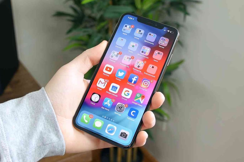 Thay mặt kính iPhone 11, 11 Pro, 11 Pro Max